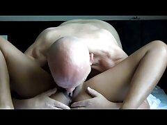 Chica caliente en el baño xnxx anal mexicanas