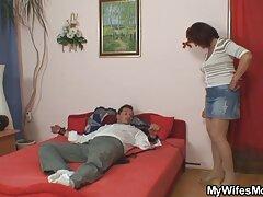 Sensual debajo de Sam se encuentra una hermosa follando a mexicana esposa con una cara de tirachinas.